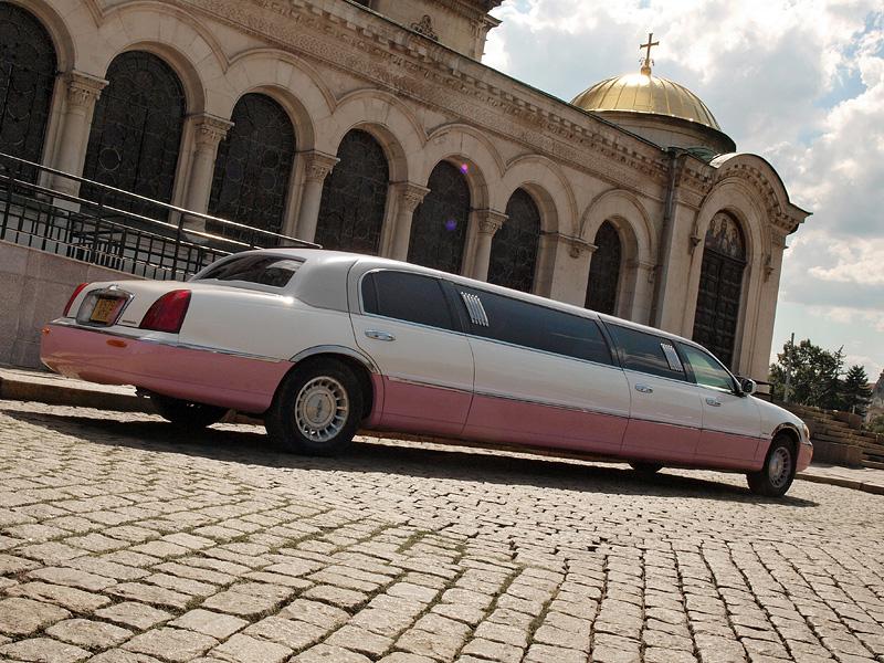 Lincoln Town Car 120-inch by Krystal